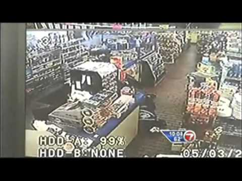 Store Clerk Shoots Black Robber in Face in Self Defense