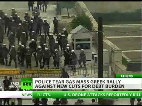 Greece Chaos: 20,000 protest in Athens, cops fight masked rioters