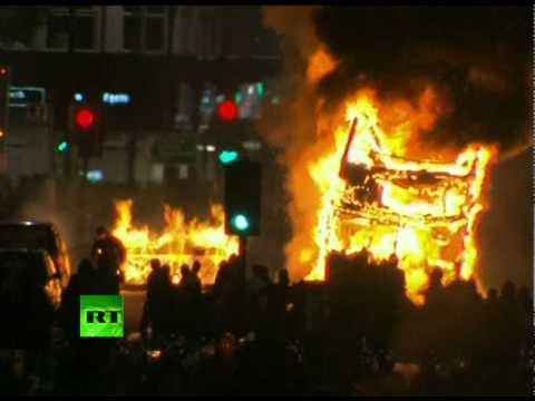 London on Fire: Niggers riot in Tottenham
