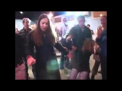 How do dance dubstep - Christianity version